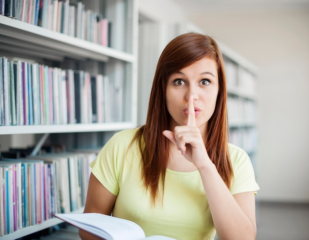 Stilte in de bibliotheek