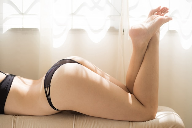 Stoere mooie paarse g-string