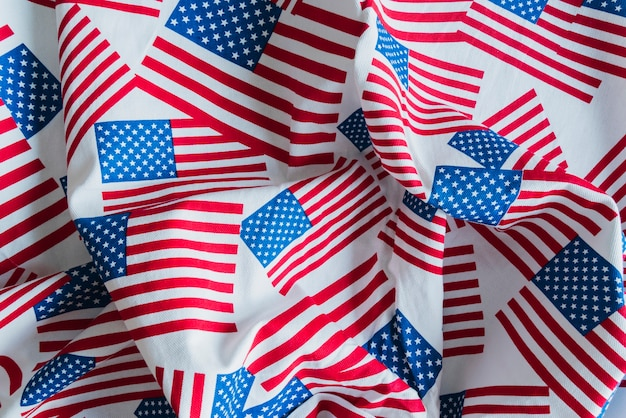 Stof met gedrukte amerikaanse vlaggen