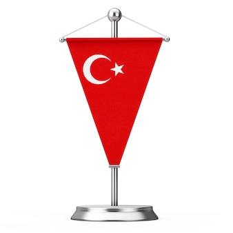 Stof turkije tafel vlag op stalen spits voetstuk op een witte achtergrond. 3d-rendering