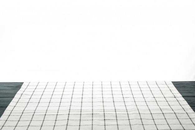 Stoffenservet op lijst tegen witte achtergrond, ruimte voor tekst