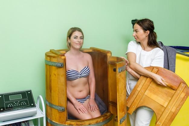 Stoom houten vat of mini sauna voor vrouwen