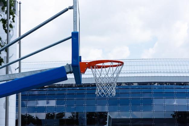 Straat basketbalring. conceptsport, straatbasketbal.