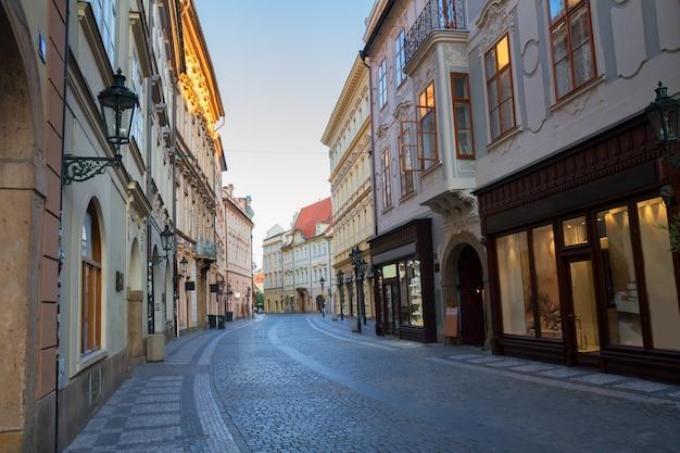 Straat in de oude stad, praag, tsjechië