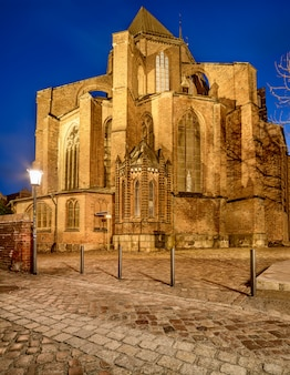 Stralsund, st. nicolas kerk in stralsund 's nachts