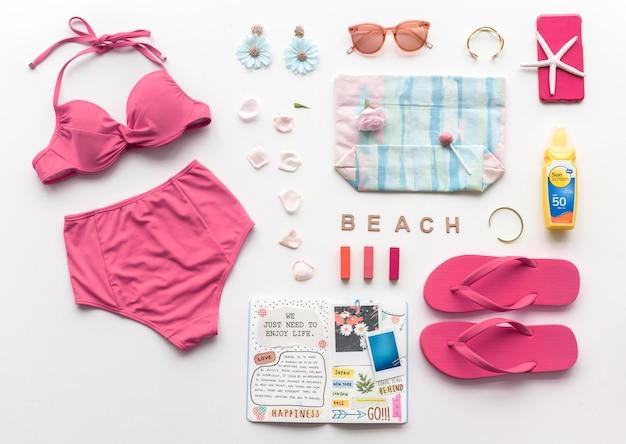 Strand spullenverzameling voor de zomer