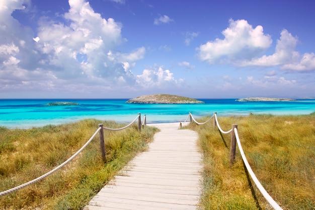 Strand weg naar illetas paradijs strand formentera