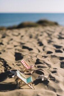 Strandconcept met ligstoelen