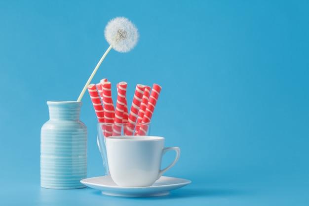 Strawbety cream sticks in glas