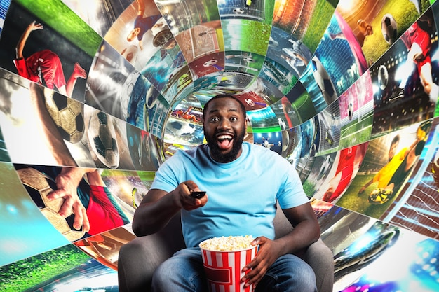 Streaming van voetbalbeelden op internet in een digitale kabel