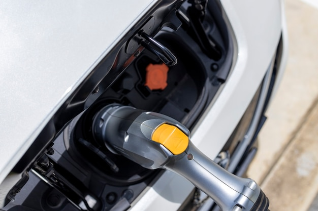 Stroomkabel pomp plug in laadstroom naar elektrische ev auto