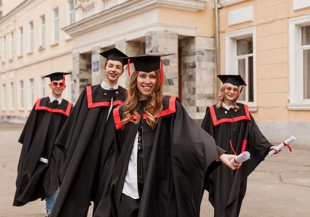 Studenten bij afstuderen