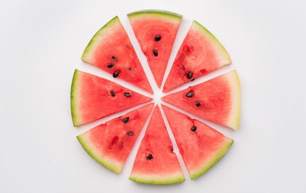 Stukjes watermeloen in cirkel