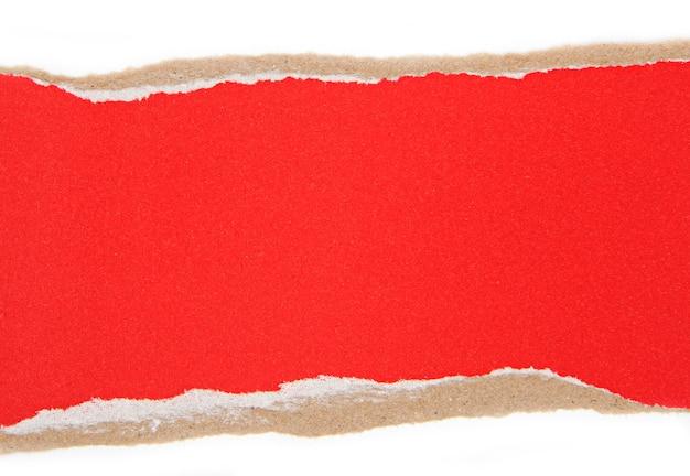 Stukken rood gescheurd papier, gescheurd papier als achtergrond