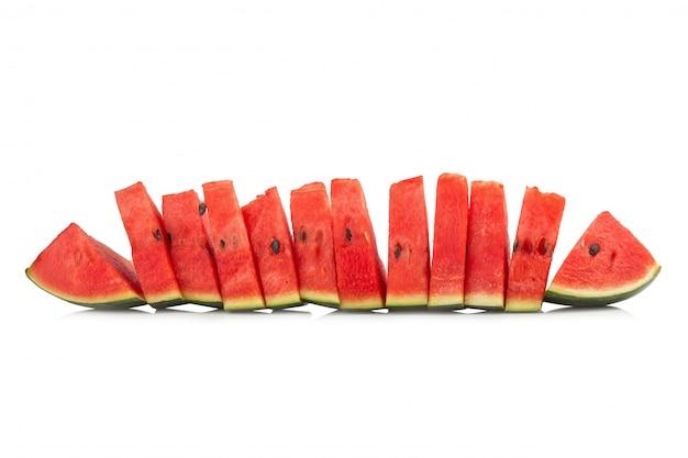 Stukkenwatermeloen op een witte achtergrond