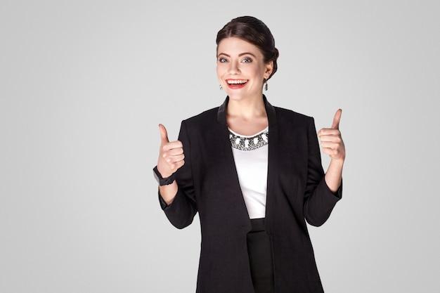 Succes zakenvrouw weergegeven: als teken duimen omhoog
