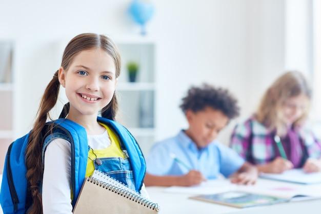 Succesvol schoolmeisje