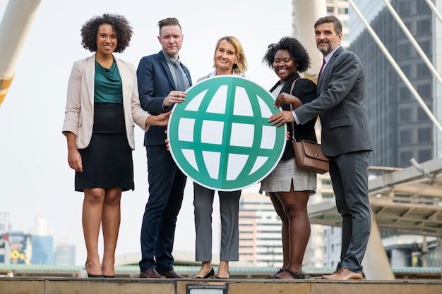 Succesvolle en verbonden zakenmensen