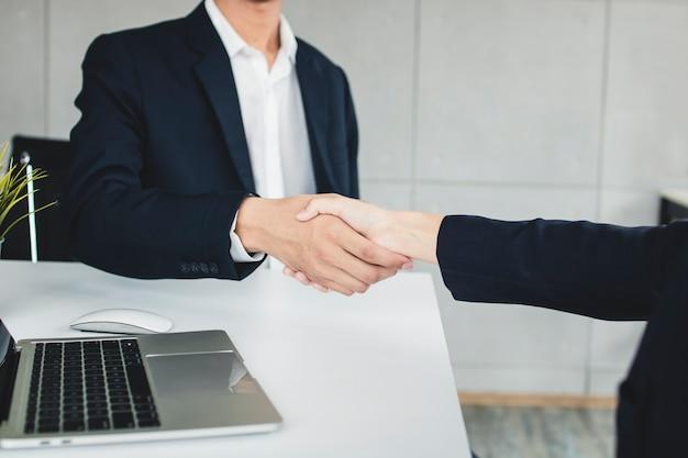 Succesvolle onderhandeling of samenwerking