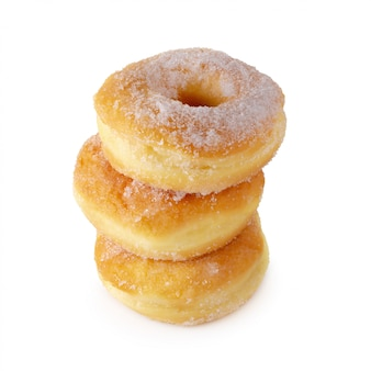 Suikerhoudende donuts geïsoleerd over een witte achtergrond