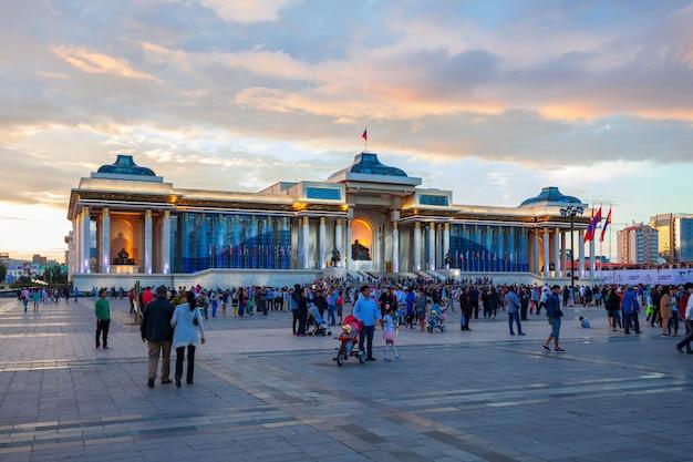 Sukhbaatar-plein in ulaanbaatar