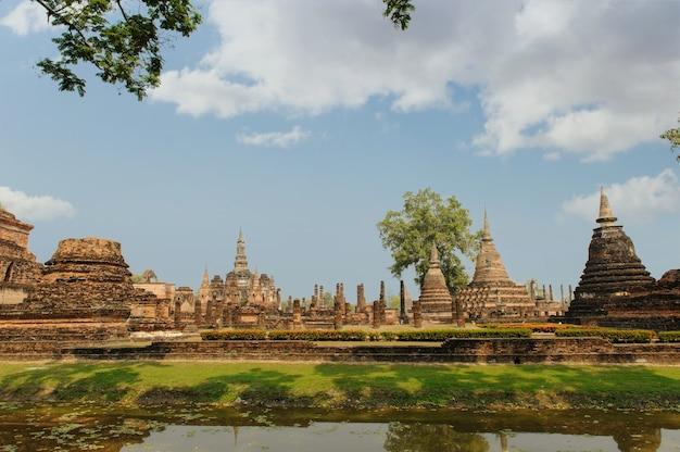 Sukhothai historisch park, de oude stad van thailand