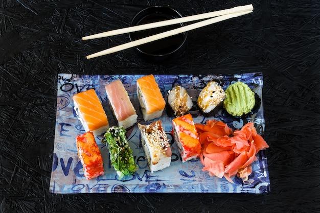 Sushi rolt. nigiri. maki. sushi instellen