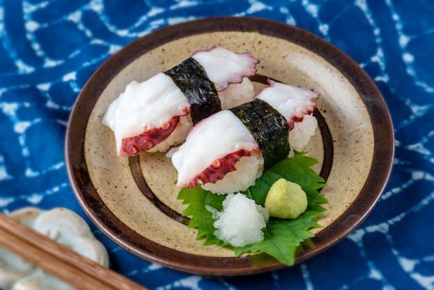 Sushi tako japanse octopus.