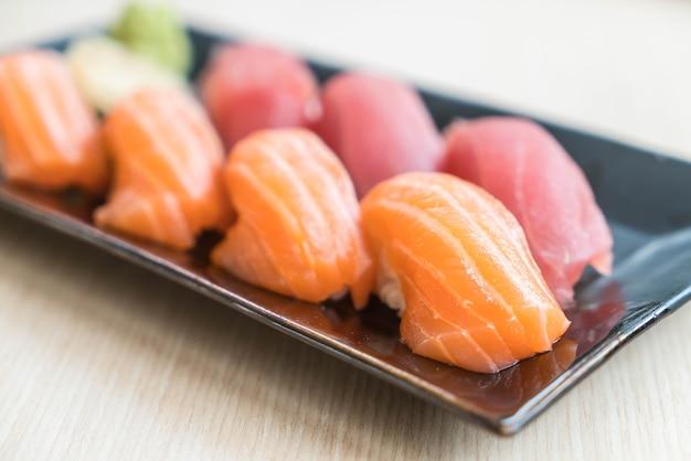 Sushi zalm en tonijn
