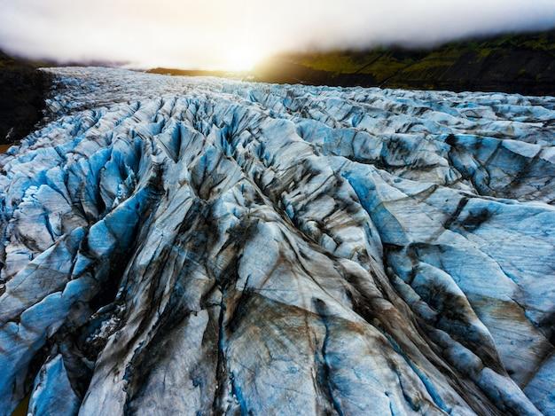 Svinafellsjokull-gletsjer in vatnajokull, ijsland.