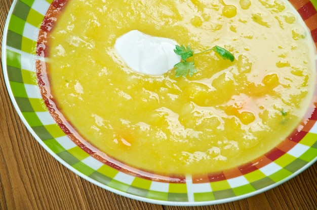 Swiss classic pompoensoep - soupe a la courge
