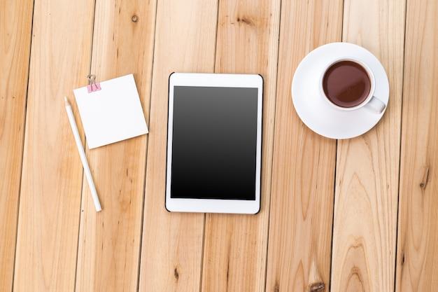 Tablet en koffie