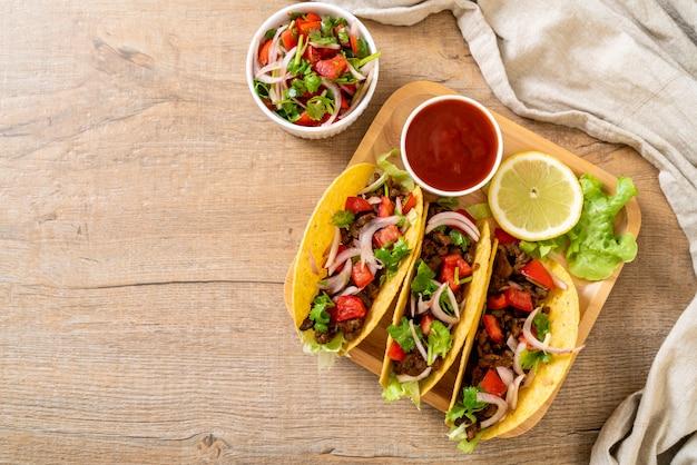 Taco's met vlees en groenten