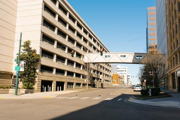 Tacoma, washington, vs. april 2021. gebouwen in het centrum op een zonnige dag