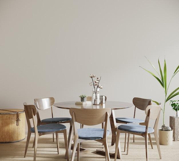 Tafel en stoelen in een woonkamer
