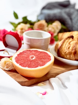 Tafel met ontbijt