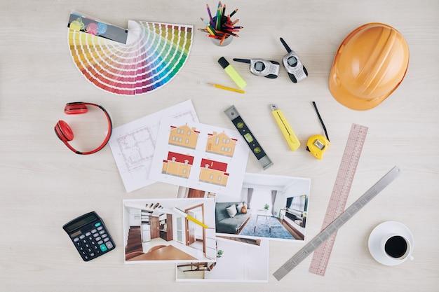 Tafel van professionele architect