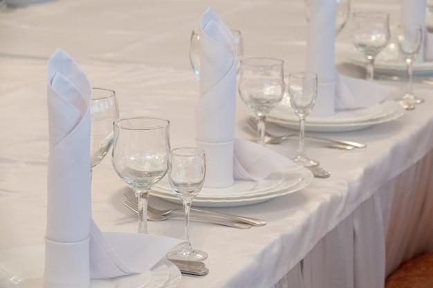Tafelarrangement in zeer duur haute cuisine restaurant