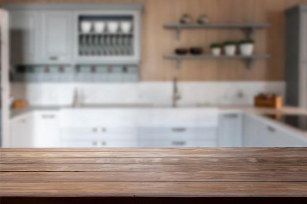 Tafelblad met een wazige keuken op de achtergrond