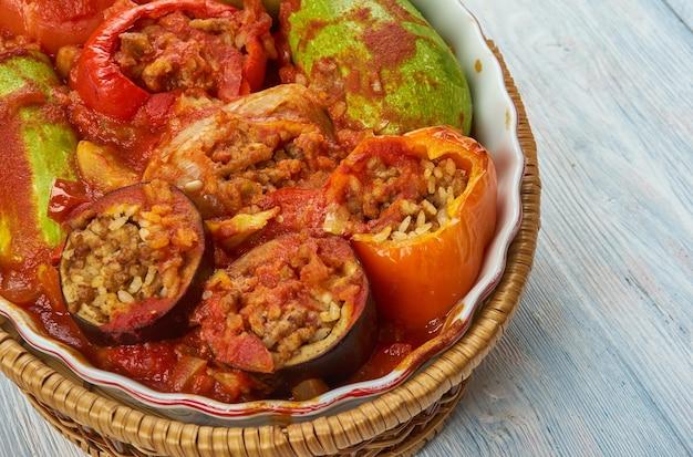 Tajin mahshi - gemengde gevulde groenten, libische gerechten
