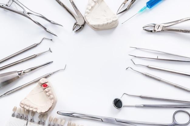 Tandheelkundige hulpmiddelen