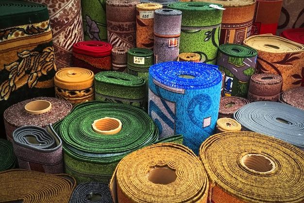 Tapijten verscheidenheid selectie opgerolde tapijten winkel winkel