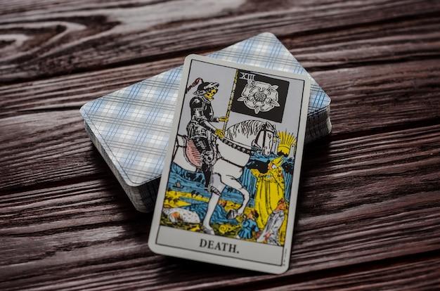 Tarotkaart: death