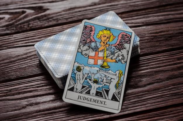 Tarotkaart: oordeel