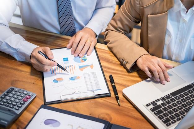 Teamwork startup projectplanningsteam samen te werken