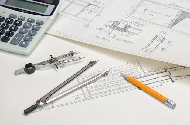 Technische tekeningen en een rekenmachine