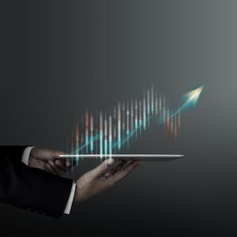 Technologie, hoge winst, beurs, bedrijfsgroei, strategie schaven concept. de informatie van zakenmanpresenting graphs and charts over digitale tablet