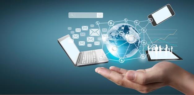 Technologiebedrijf in de handenmens