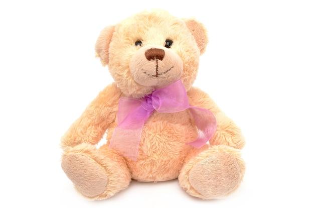 Teddybeer op wit oppervlak