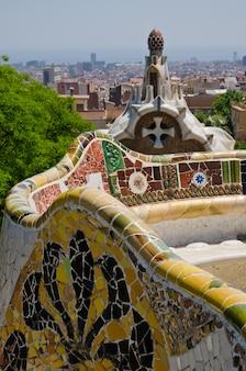 Tegel door gaudi parc guell barcelona